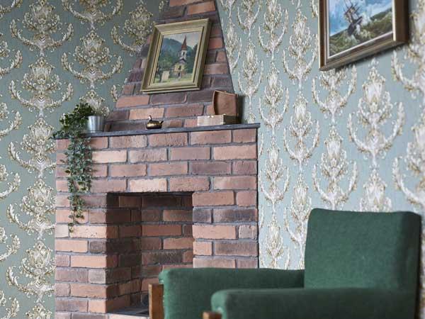 Kamin in einem Wohnzimmer